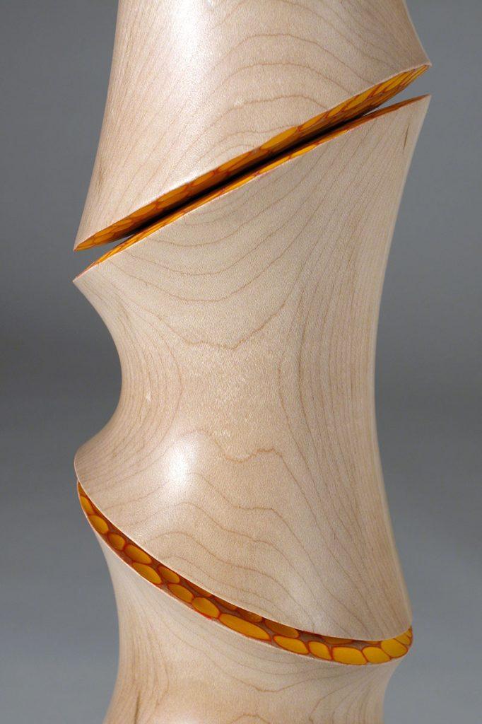 coat-tree-detail-2